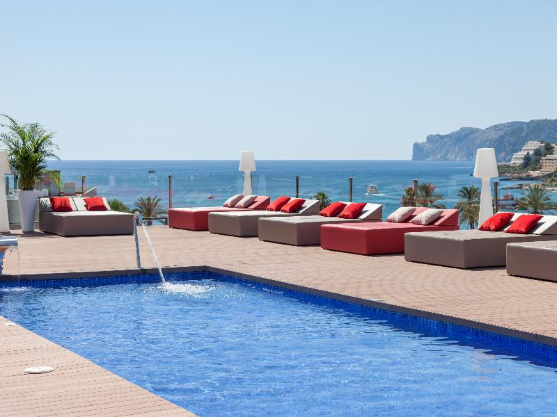 8 nights of perfect sunsets for two in Santa Ponsa