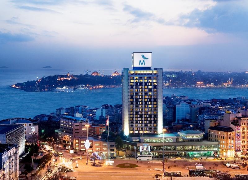 پکیج هتل 5 ستارهی مرمره تکسیم استانبول و تور جزیرهی بویوک آدا