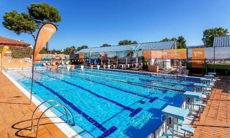 VIVA Blue & Spa: Holidays in October