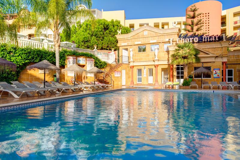 8 nap Dél-Portugália 3 csillagos medencés, jacuzzis, szaunás hotelben repülővel