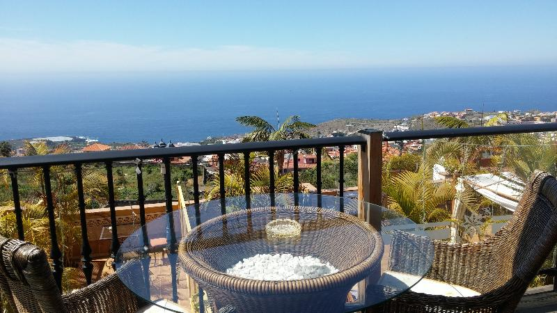 Szilveszter a Kanári-szigeteken: egy hét Tenerife bécsi indulással