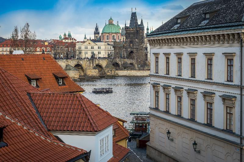 Kleine Winterauszeit: nach Prag & Harrachov mit dem Flixbus