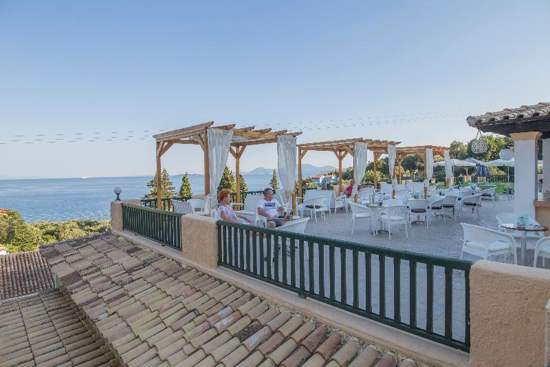 Nyaralás Korfun 4 csillagos hotelben, reggelivel, repülőjeggyel