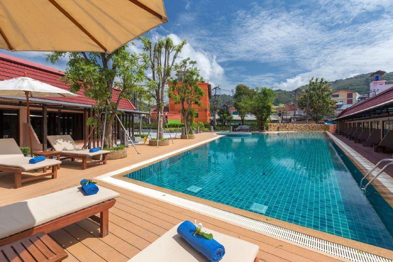 Thaiföld, Phuket decemberben, 4 csillagos hotelben, repülőjeggyel